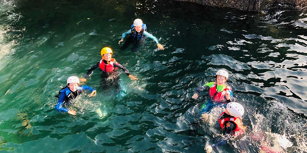childrens group coasteering in jersey